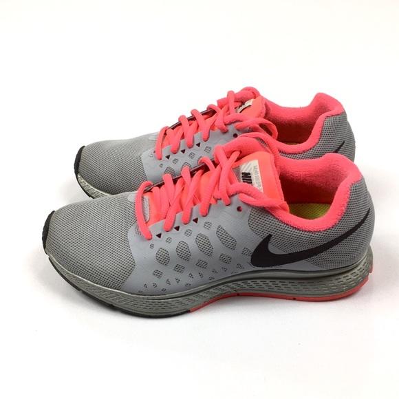 Nike Shoes - Nike Zoom Pegasus 31 Running Shoes